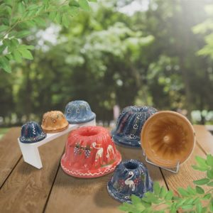 lot moules à kougelhopf, kouglopf, kouglof décoré en terre cuite poterie friedmann, fabriqués à partir de la terre naturelle de soufflenheim, Alsace