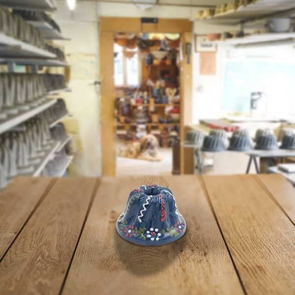 moule à kougelhopf, kouglopf, kouglof décoré en terre cuite poterie friedmann, fabrication artisanale en Alsace