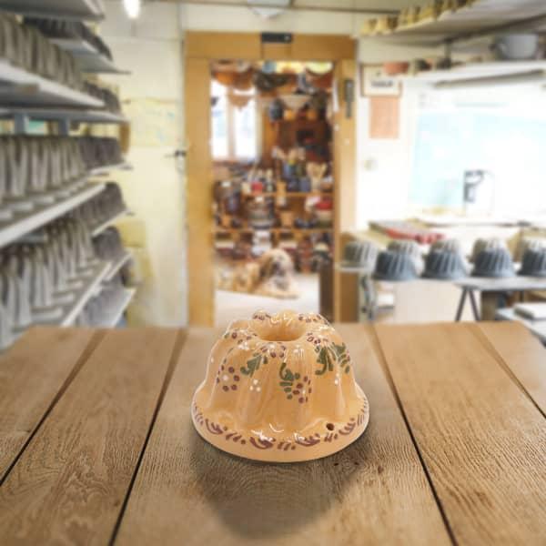 moule à kougelhopf, kouglopf, kouglof décoré en terre cuite, famille de potiers depuis 1802 à Soufflenheim
