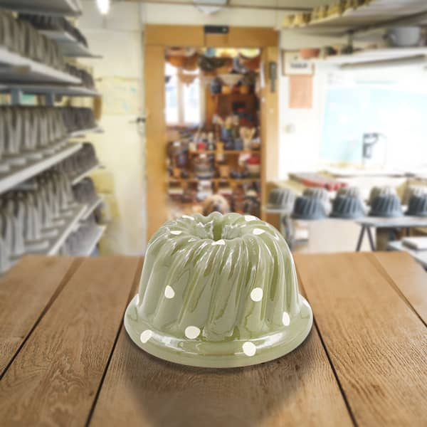moule à kougelhopf, kougelopf, kouglof décoré en terre cuite poterie friedmann, savoir faire artisanal et alsacien
