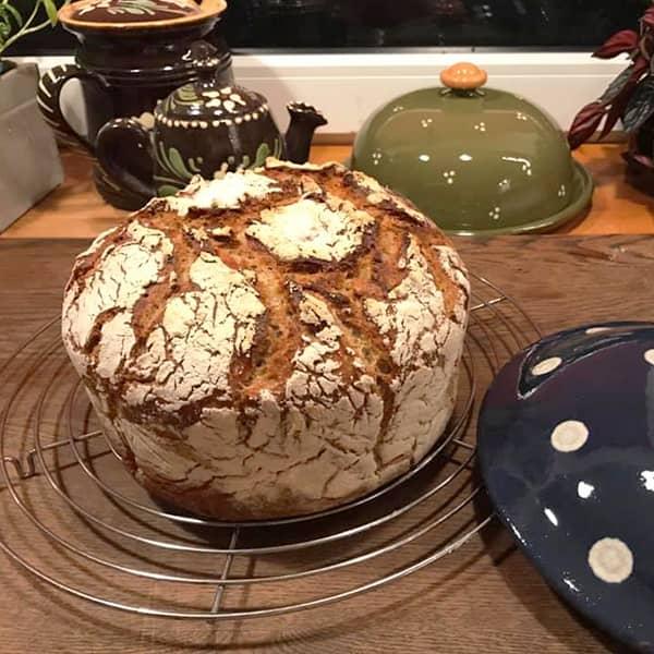 cocotte à pain pain croustillant poterie friedmann terre naturelle de soufflenheim