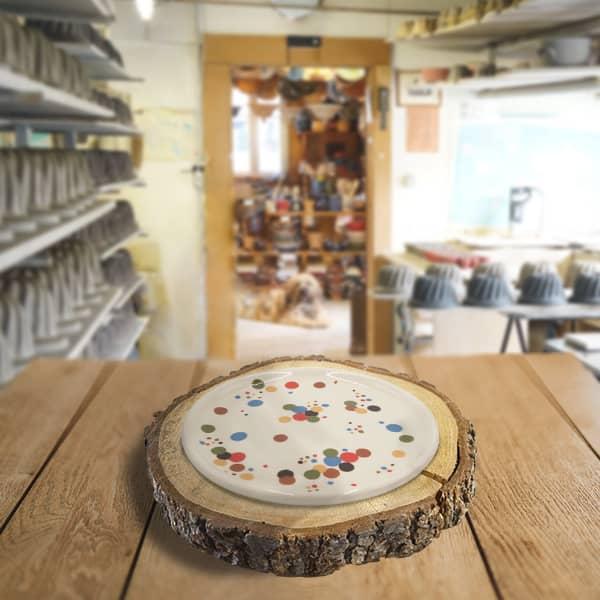assiette en terre cuite poterie friedmann, savoir faire artisanal