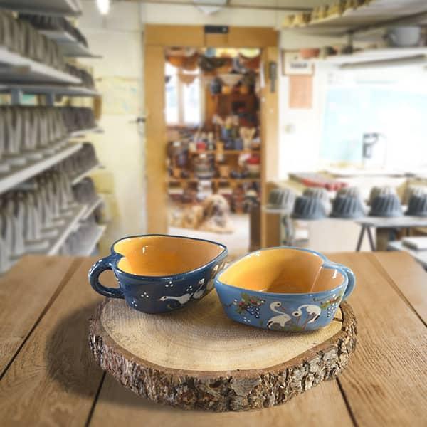 lot cœur raviers décorés en terre cuite poterie friedmann, famille de potiers depuis 1802 à Soufflenheim, Alsace