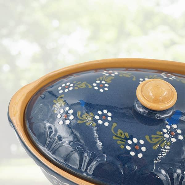 terrine ovale en terre cuite, terrine à baeckeoffe poterie friedmann, savoir faire artisanal et familial