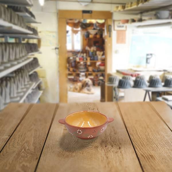 ecuelle en terre cuite poterie friedmann, savoir faire familial