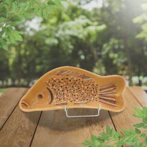 forme poisson en terre cuite décoré poterie friedmann, fabrication artisanale en Alsace