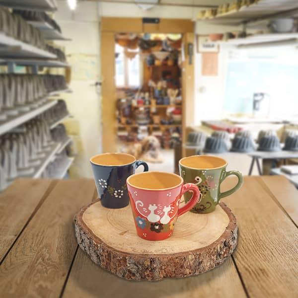 lot grandes tasses droites en terre cuite poterie friedmann, savoir faire artisanal