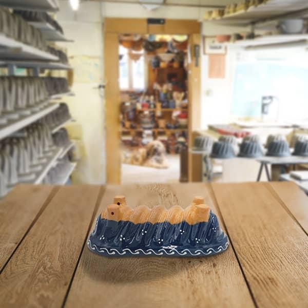 moule à cake décoré moule à langhopf en terre cuite poterie friedmann, famille de potiers depuis 1802 à Soufflenheim