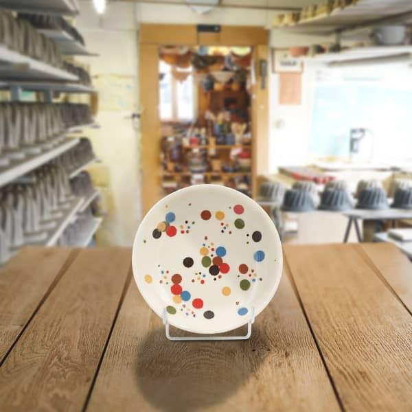 plat creux poterie friedmann fabrication artisanale à partir de la terre naturelle de soufflenheim en Alsace